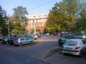 Parking przy ul. Szwedzkiej obok Przychodni Zdrowia